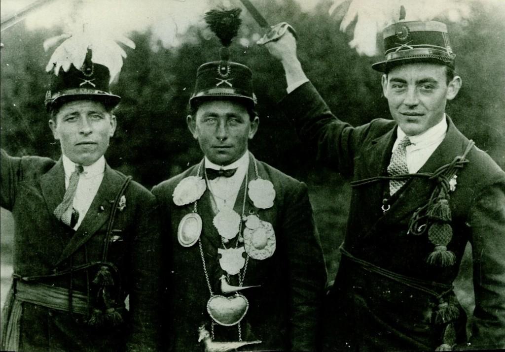 foto 6 Schutterij sint Martinus Horn 1930 ongeveer foto2