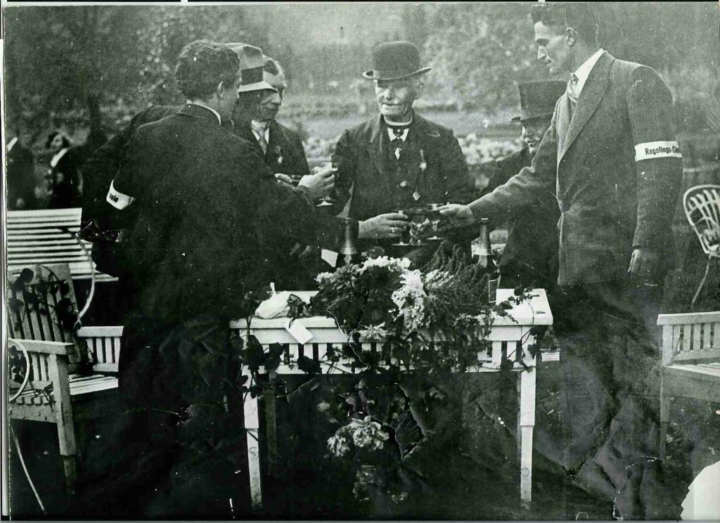 foto 8 Schutterij_scan009 Jubilaris gubbels 1880-1930 50 jaar lid klein